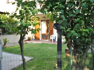 Foto - Villetta a schiera via L  Calligola 292, Monteombraro, Zocca