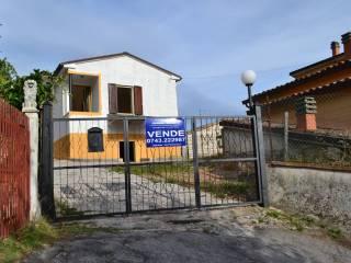 Foto - Villa Località Monticelli 15, Genga