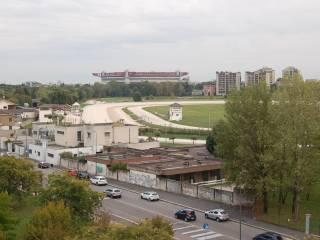 Foto - Trilocale via Ugo Betti, Bonola, Milano