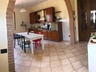 Foto - Trilocale via Guido Miglioli, Case Nuove, Gambassi Terme