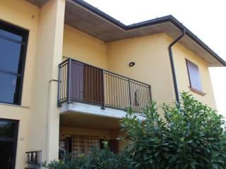 Foto - Trilocale via Giuseppina 54A, Sospiro