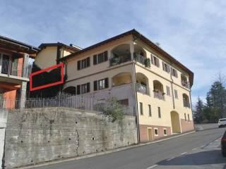 Foto - Trilocale all'asta via Gottro 17, Carlazzo