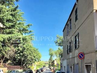 Foto - Trilocale da ristrutturare, secondo piano, Portuense, Roma