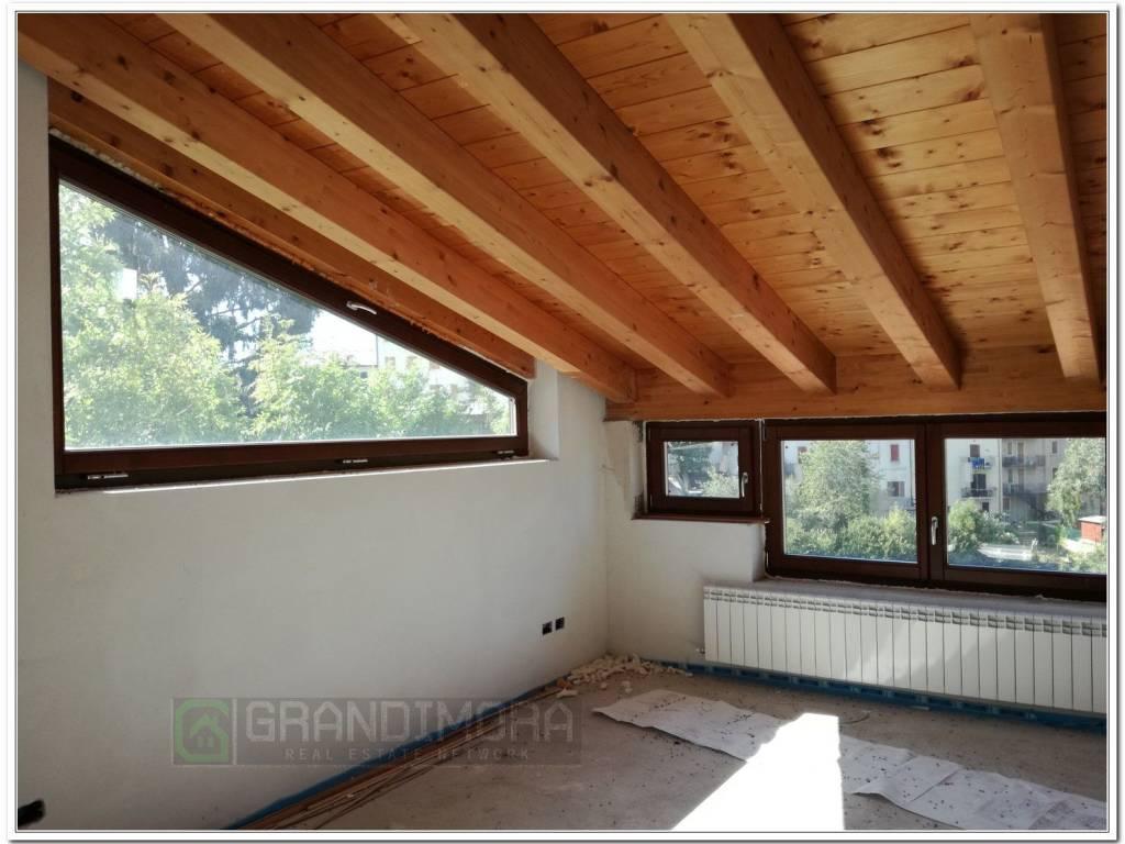 foto  Open space, nuovo, primo piano, Bosco Chiesanuova