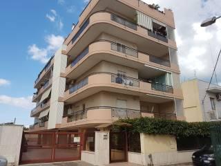 Foto - Trilocale via Colonnello Francesco Vitucci, Palese, Bari