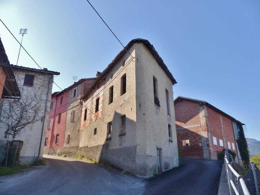 foto Esterno Rustico / Casale via Chiera di Vasco 2, Monastero di Vasco