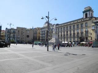Foto - Quadrilocale piazza Dante, San Giuseppe, Napoli