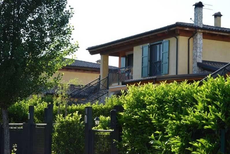 foto Bifamiliare Sovrapposta Villa bifamiliare via Cappelluccia, Atella