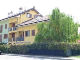 Foto - Trilocale via Monzasca 3, Galgagnano
