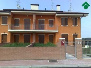 Foto - Villetta a schiera 4 locali, ottimo stato, Roverbella