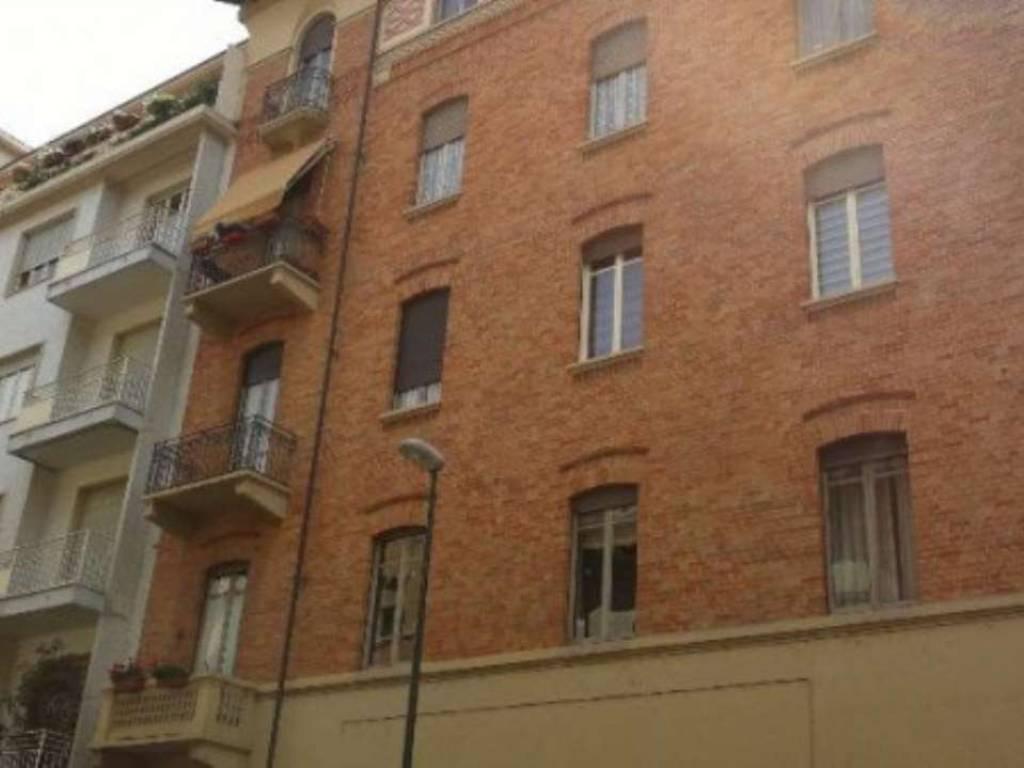 foto  Quadrilocale primo piano, Torino