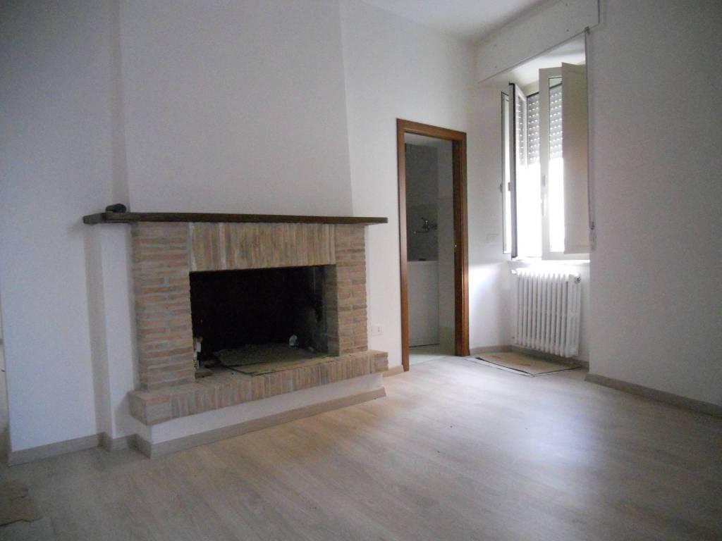 foto  Casa indipendente via Rosina Elena, Montefranco