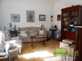 Foto - Appartamento buono stato, terzo piano, Fuorigrotta, Napoli