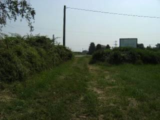 Foto - Terreno agricolo in Vendita a Brembate