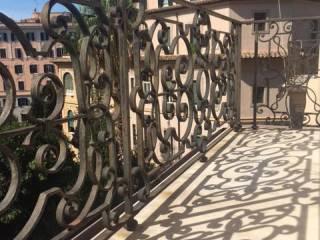 Foto - Appartamento ottimo stato, terzo piano, Pinciano - Villa Ada, Roma