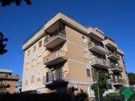Foto - Trilocale via Fratelli Poggini, 71, Roma