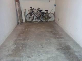 Foto - Box / Garage via Generale Carlo Alberto Dalla Chiesa, Sirmione