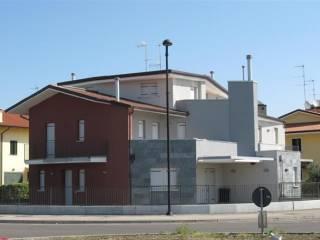 Foto - Casa indipendente 300 mq, nuova, Pernumia