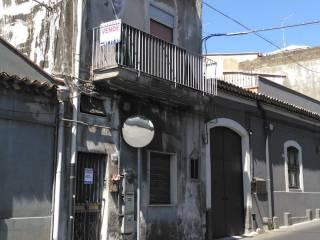 Foto - Palazzo / Stabile via Palermo, Monte Po, Catania
