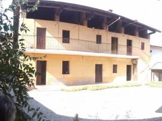 Foto - Rustico / Casale, da ristrutturare, 120 mq, Varallo Pombia