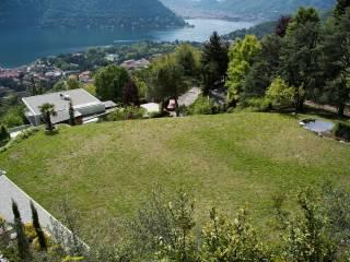 Foto - Terreno edificabile residenziale a Como