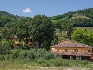 Attività / Licenza Vendita Montescudo - Montecolombo