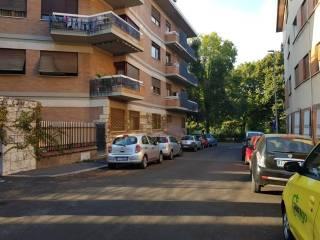 Foto - Bilocale via Giulio Adamoli, Piazza dei Navigatori, Roma