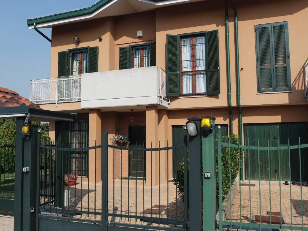 foto  Villa via Guglielmo Marconi, Prarolo