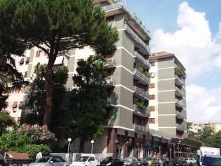 Foto - Trilocale quinto piano, Piazza dei Navigatori, Roma