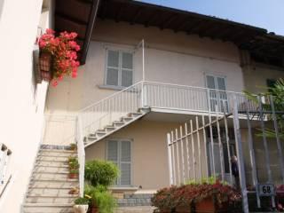 Foto - Bilocale via Giosuè Carducci, Pontida