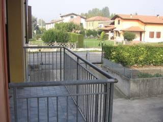 Foto - Trilocale ottimo stato, piano rialzato, Roncolevà, Trevenzuolo