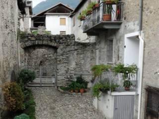 Foto - Trilocale via Ghibellini 5, Castionetto, Chiuro