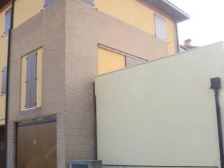 Foto - Villetta a schiera via Vigna 49, Bondeno