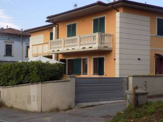 Foto - Appartamento ottimo stato, piano terra, Barga
