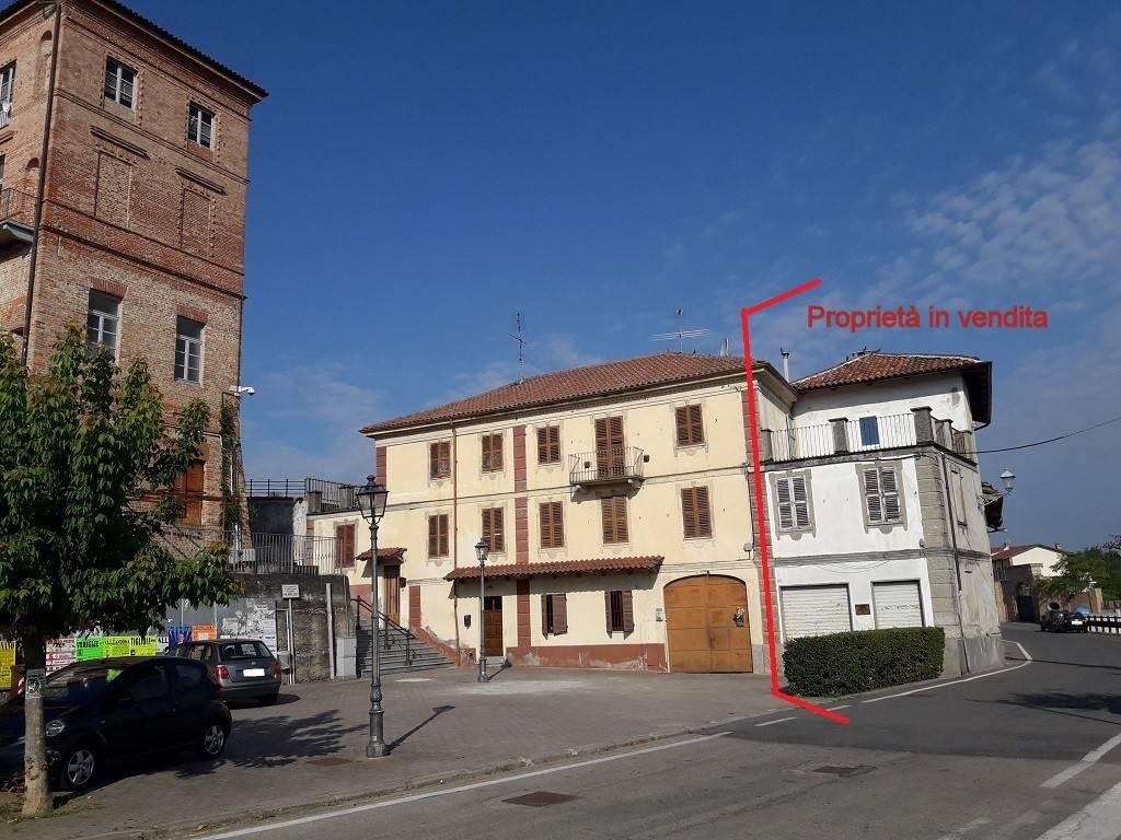 foto piazza di Revigliasco Rustico / Casale piazza Vittorio Veneto 6, Revigliasco d'Asti