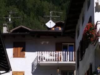 Foto - Terratetto unifamiliare 110 mq, buono stato, Commezzadura