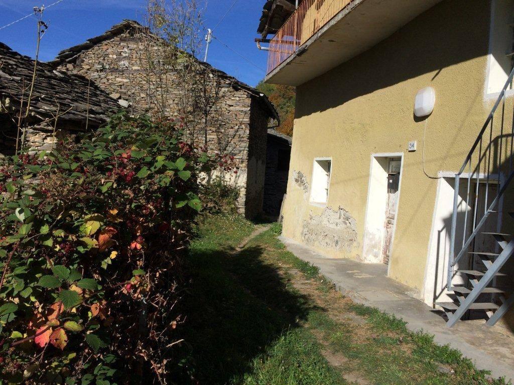 foto  Rustico / Casale Borgata Cresto, Monastero di Lanzo