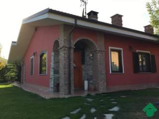 Foto - Villetta a schiera 5 locali, nuova, Cantalupa