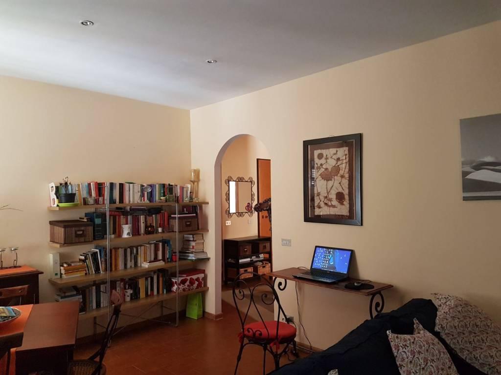 foto soggiorno Quadrilocale via Roma 2, Sostegno