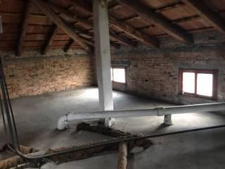 Foto - Palazzo / Stabile tre piani, da ristrutturare, Martellago