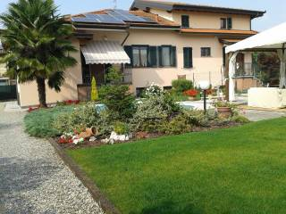 Foto - Villa bifamiliare viale Francesco Petrarca, San Colombano al Lambro