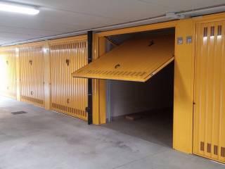 Foto - Box / Garage via Cesare Battisti 9, Cerchiate, Pero