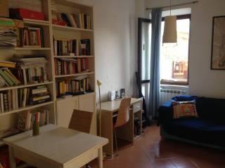 Case e appartamenti via di monte del gallo roma for Arredamento via gregorio vii roma