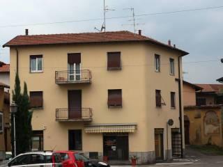 Foto - Trilocale via Carletto Ferrari 48, Bizzozzero, Varese