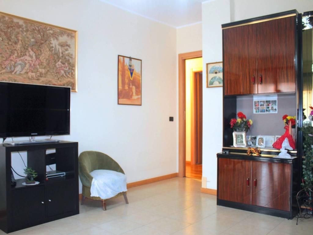 foto  3-room flat via Angelo Cazzaniga, Vimodrone