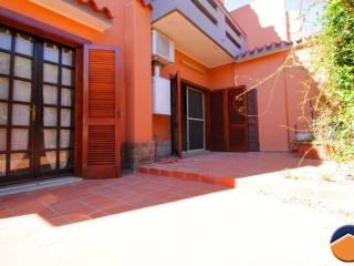 Foto - Casa indipendente 170 mq, buono stato, Monserrato