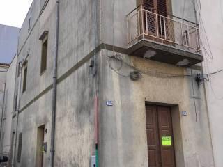 Foto - Palazzo / Stabile via Giuseppe la Masa, Partanna
