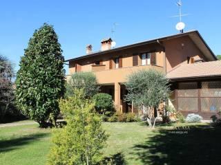 Foto - Villa bifamiliare via Gaetano Besana 99, Sirtori