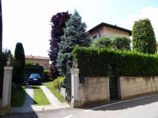 Foto - Villa piazza Roma 10, Lurago Marinone