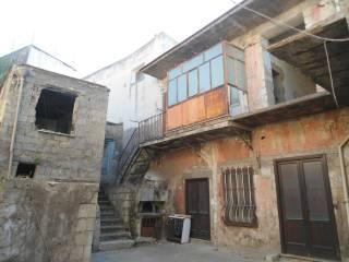 Foto - Villa, da ristrutturare, 250 mq, Avella